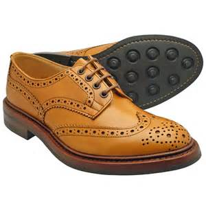 Trickers Bourton Dainite Acorn Antique-0